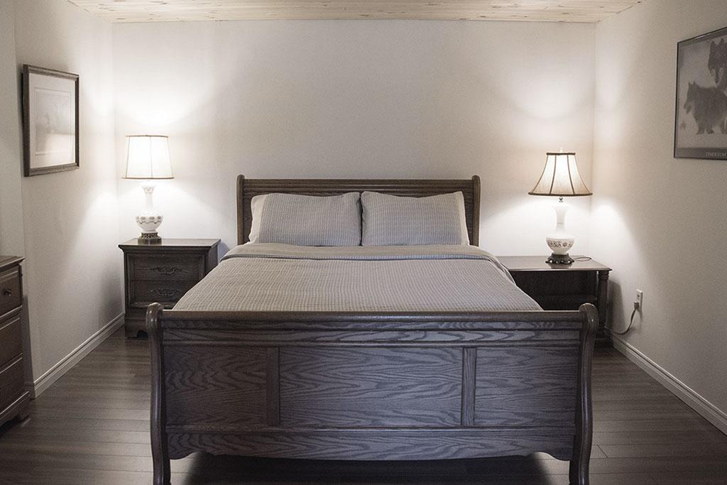 nest-bnb_master-bedroom